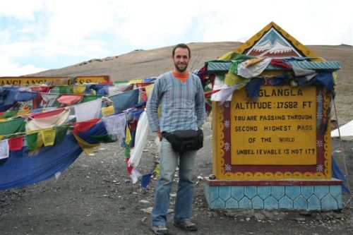 O ponto mais alto da estrada, 5328 m